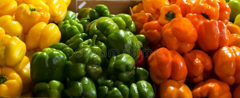 Peper in kleurenmarkt Hadera Israël royalty-vrije stock afbeelding