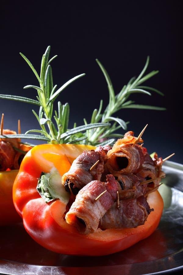 Peper met bacon en kruiden royalty-vrije stock foto