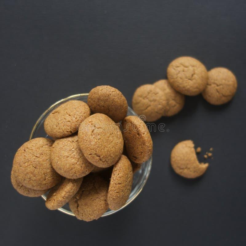 Pepernoten, cookies de especiaria holandesas da abóbora fotos de stock