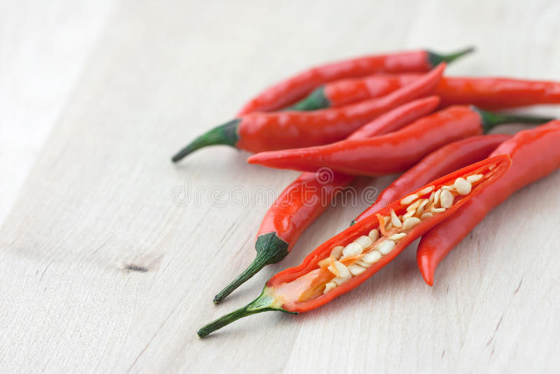 Peperoncini rossi freschi immagine stock