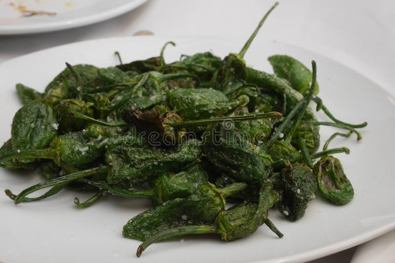 Peperone dolce verde - pimientos de padron fotografia stock