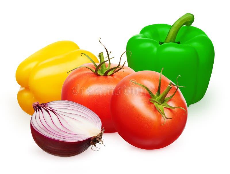 Peperoni dolci gialli e verdi rossi dei pomodori, metà della cipolla fotografie stock libere da diritti