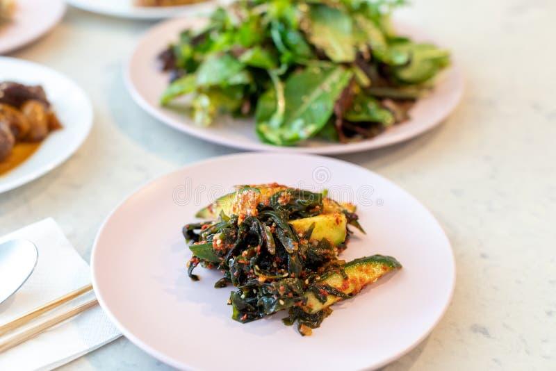 Pepino temperado, algas, alimentos coreanos fotografia de stock