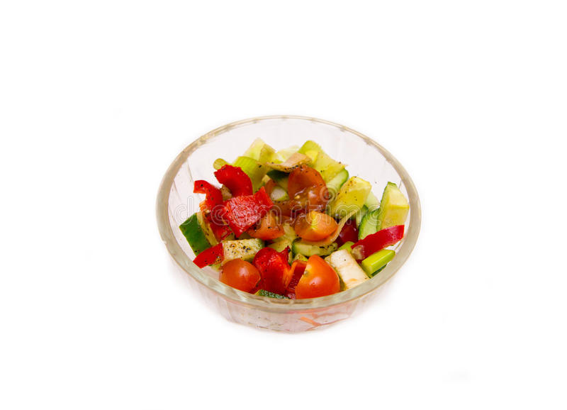 Pepino vegetal do tomate da pimenta da salada na bacia transparente fotografia de stock