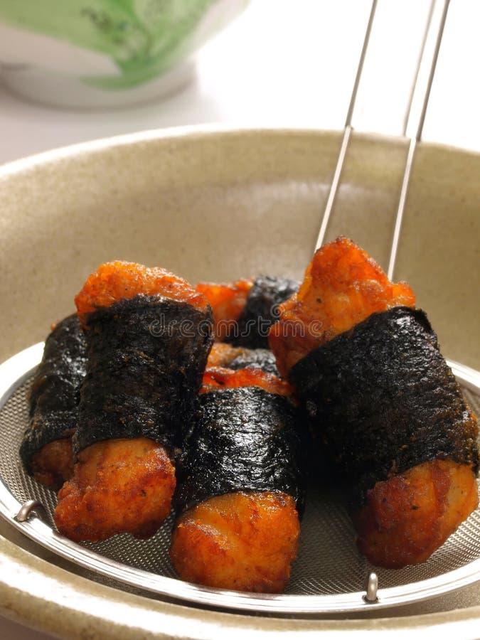 Pepitas de galinha fritadas asiáticas foto de stock