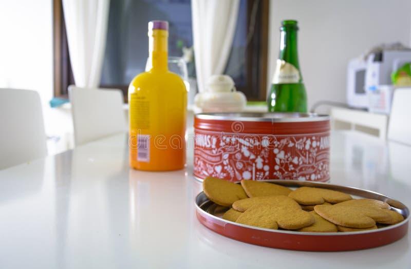 Peppar Kakor-måste för jul med glogg royaltyfri foto