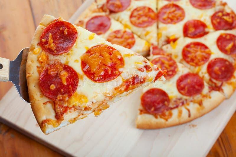 pepperoni πίτσα στοκ φωτογραφία