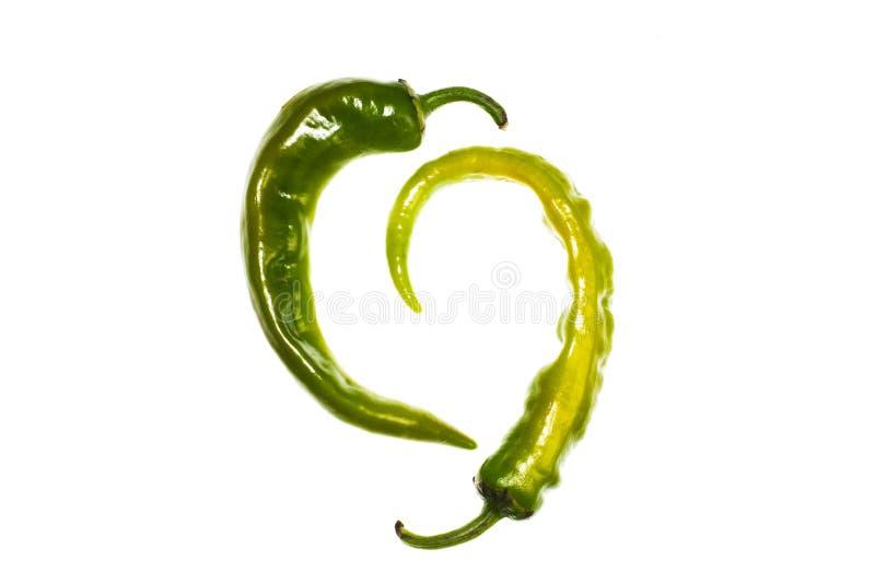 Peppra, göra grön, isolerat, bakgrund, chili, chili, färg, mat, nytt som är sund, ingrediensen, naturen som är organisk, varmt arkivbilder