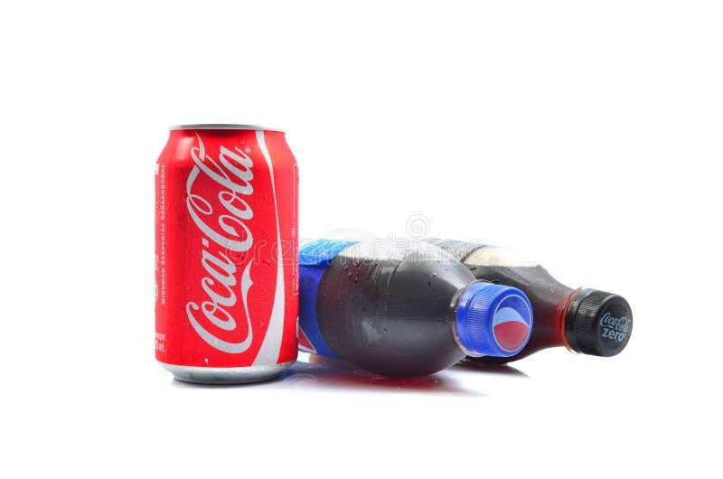 Pepsi i koka-koli miękcy napoje obraz stock