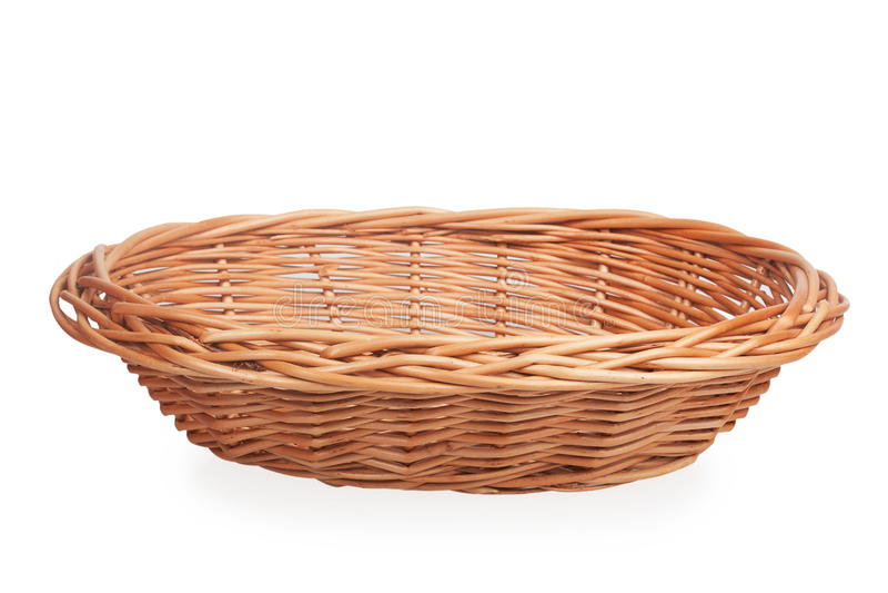 Pequeña cesta de mimbre imagen de archivo libre de regalías