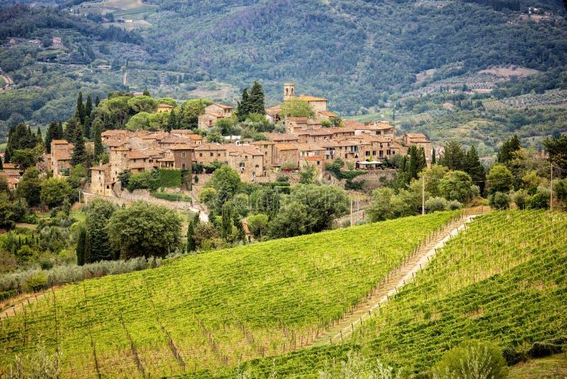 Pequeña ciudad Montefioralle en Toscana, Italia fotografía de archivo libre de regalías