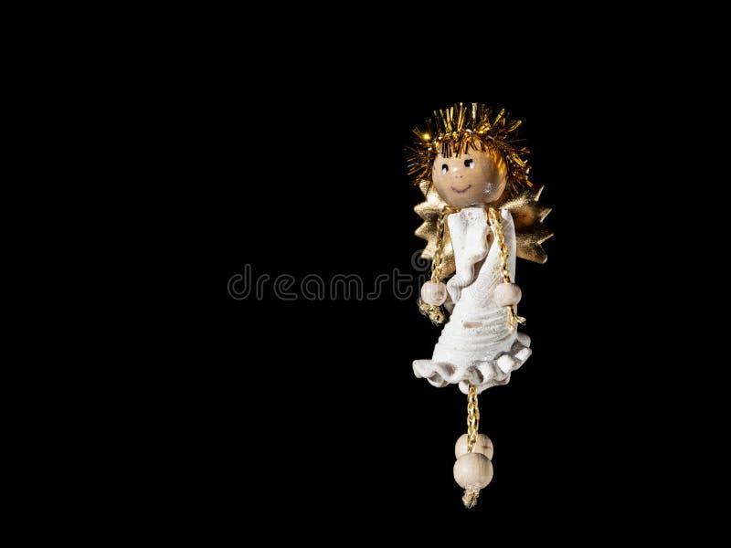 Pequeña figura de un ángel hecho de las pastas, utilizado para adornar un árbol de navidad fotos de archivo libres de regalías