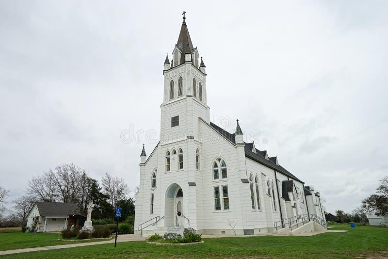 Pequeña iglesia blanca Schulenburg exterior Tejas imagen de archivo