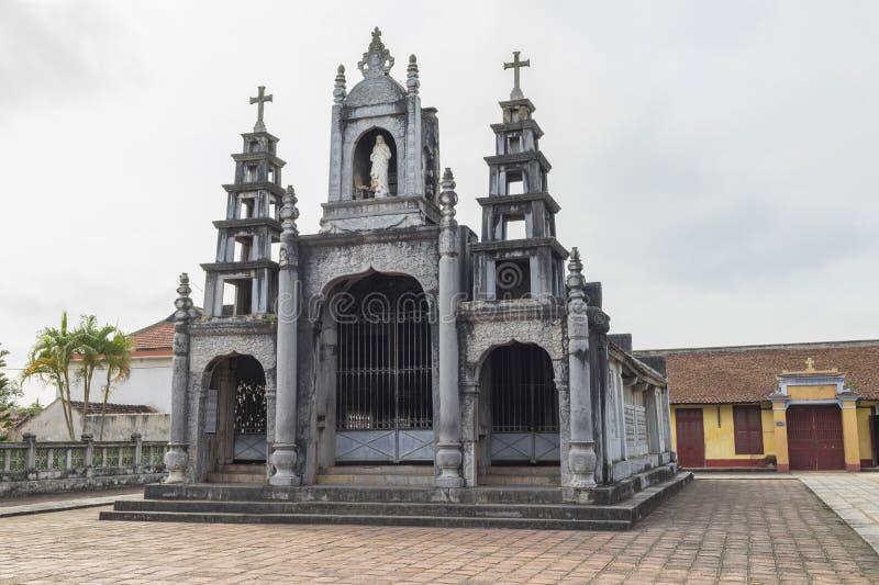 Pequeña iglesia en la catedral fantástica de la piedra de Diem - una de las iglesias y del destino más famosos y más hermosos del foto de archivo