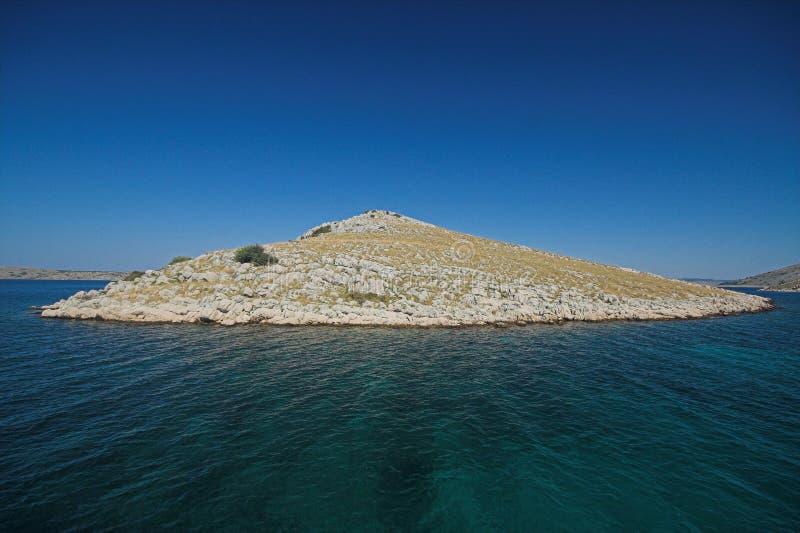 Pequeña isla de Kornati imagen de archivo