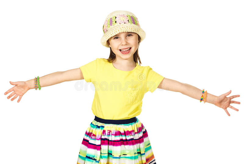 Pequeña muchacha linda de la moda en verano colorido fotografía de archivo libre de regalías