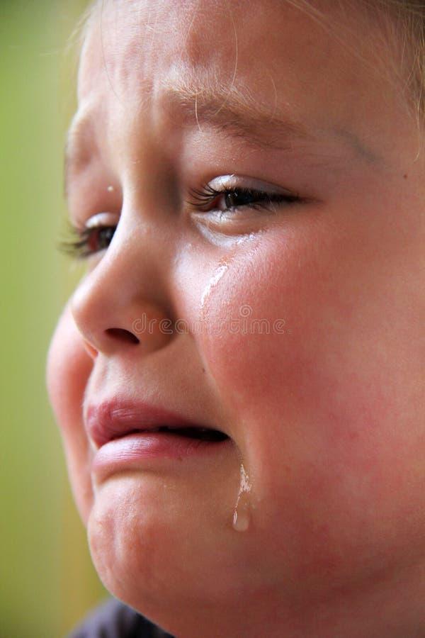 Pequeña muchacha triste fotos de archivo libres de regalías