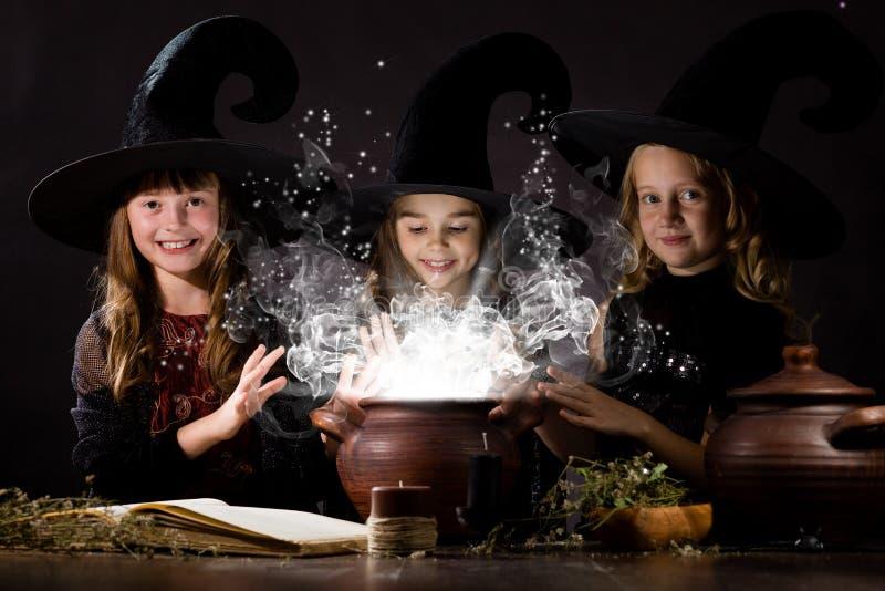 Pequeñas brujas imagen de archivo libre de regalías