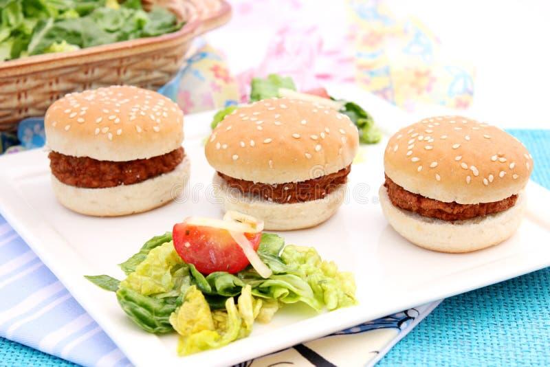 Pequeñas hamburguesas imagen de archivo