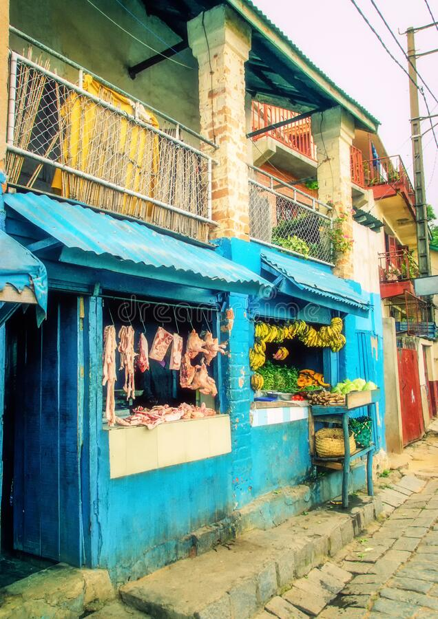 Pequeñas tiendas de comida, Antananarivo, Madagascar imágenes de archivo libres de regalías