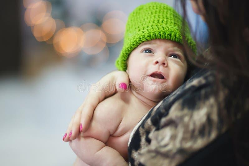 Pequeño bebé lindo fotografía de archivo