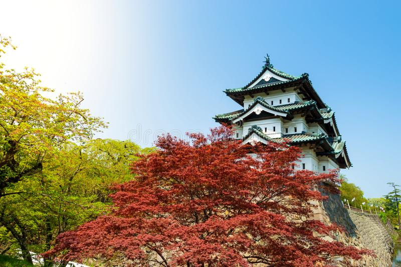 Pequeño castillo japonés de Hirosaki del castillo en Aomori, Japón fotos de archivo