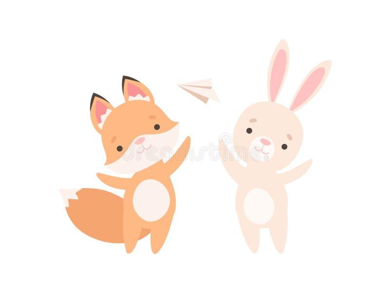 Pequeño conejito blanco precioso y Fox Cub que juega con el avión de papel, los mejores amigos lindos, el conejo adorable y la hi stock de ilustración