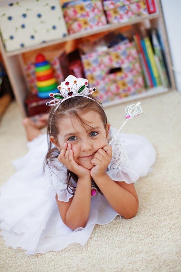 Pequeño cumpleaños de la princesa imágenes de archivo libres de regalías