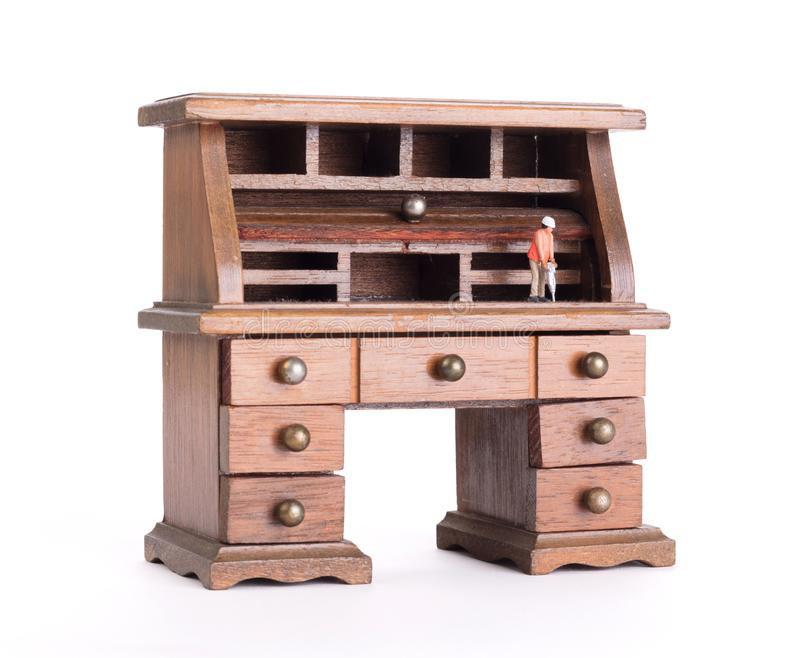 Pequeño escritorio del vintage - hombre con el taladro fotografía de archivo