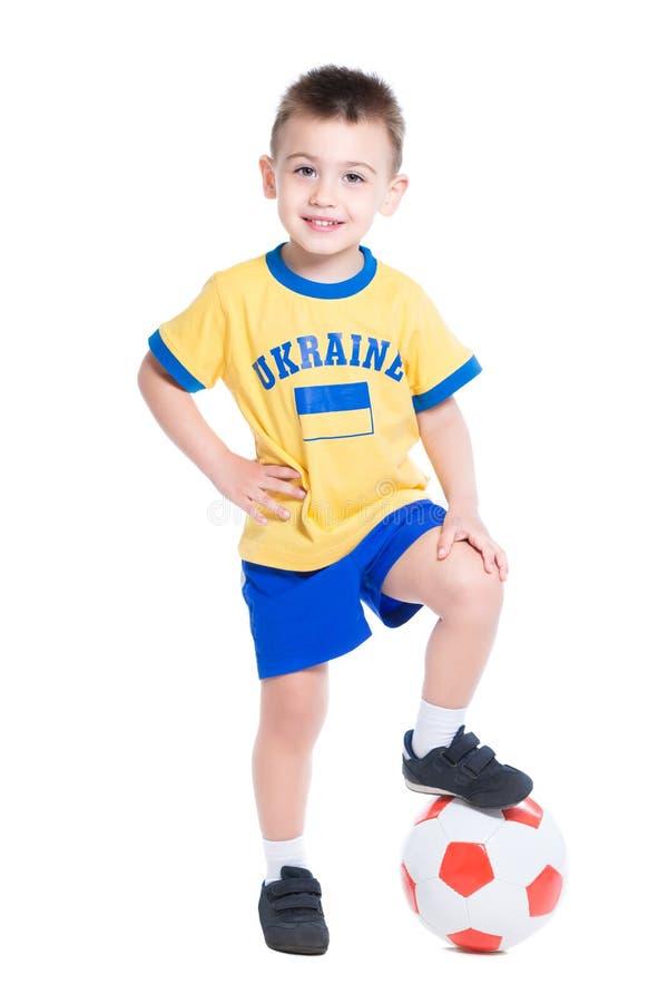 Pequeño futbolista ucraniano agradable fotografía de archivo