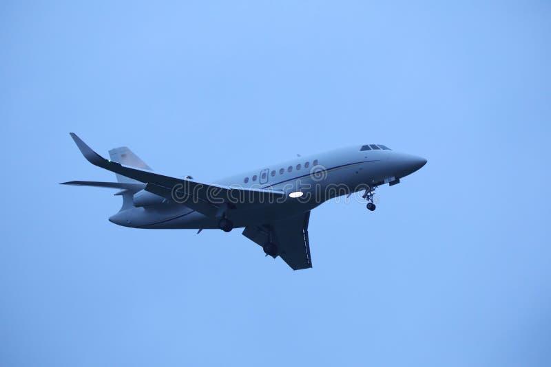 Pequeño lanzamiento del avión privado imágenes de archivo libres de regalías