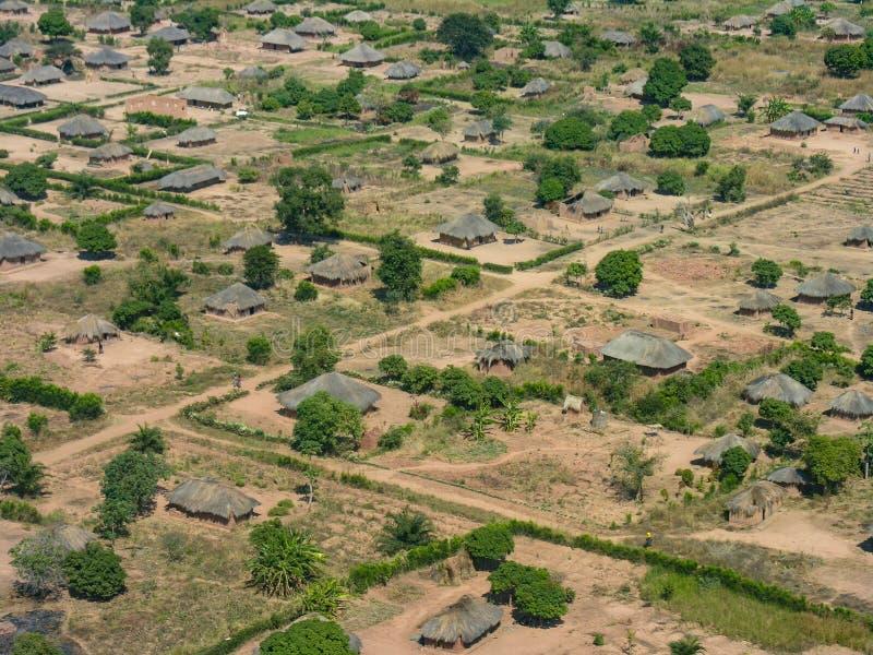 Pequeño pueblo, cerca de Pweto, Katanga, el República del Congo Democratic fotos de archivo libres de regalías