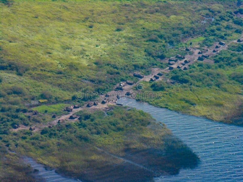 Pequeño pueblo por la orilla del lago Mweru, cerca de Pweto, Katanga, el República del Congo Democratic fotos de archivo libres de regalías