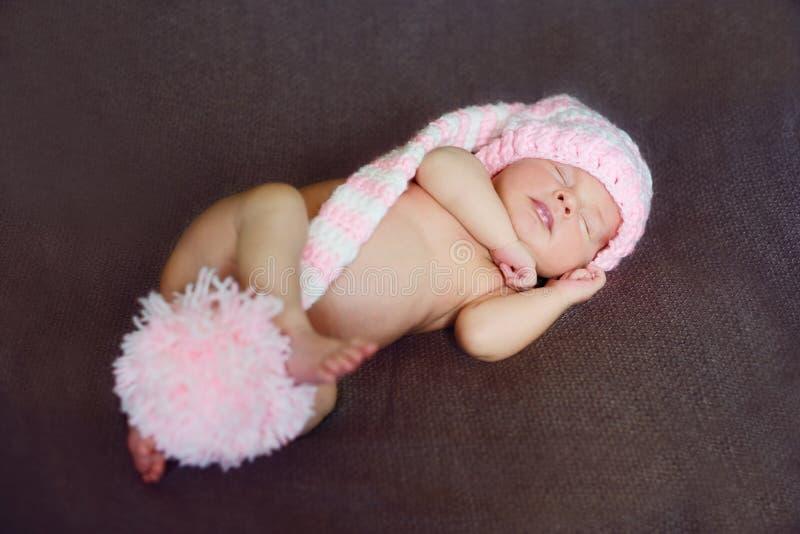 Pequeño recién nacido lindo fotografía de archivo libre de regalías