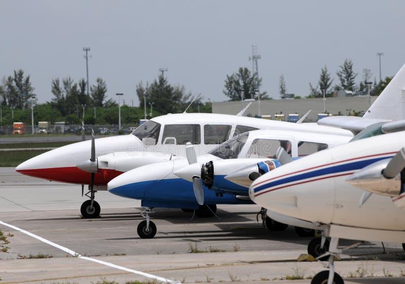 Pequeños aeroplanos fotografía de archivo libre de regalías