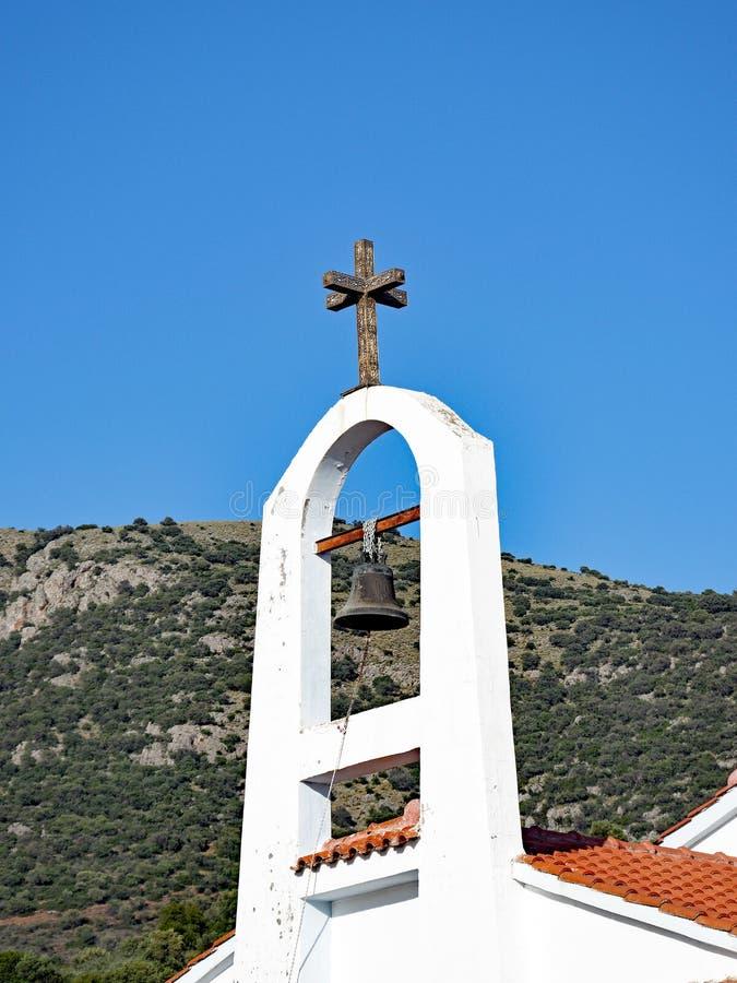 Pequeños chapitel y campanario ortodoxos griegos imagenes de archivo