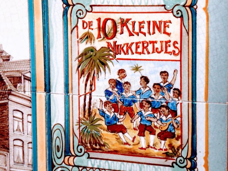 10 pequeños negros, vieja imagen holandesa racista Un título del libro de niños fotografía de archivo libre de regalías