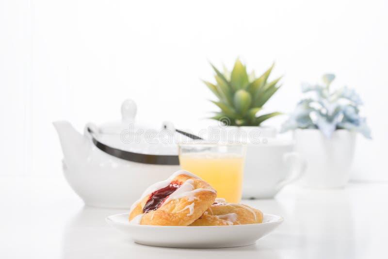Pequeno almoço doce da manhã foto de stock