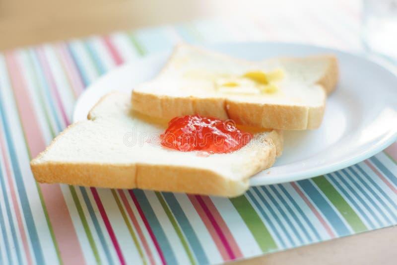 Download Pequeno almoço simples imagem de stock. Imagem de fundo - 65581421