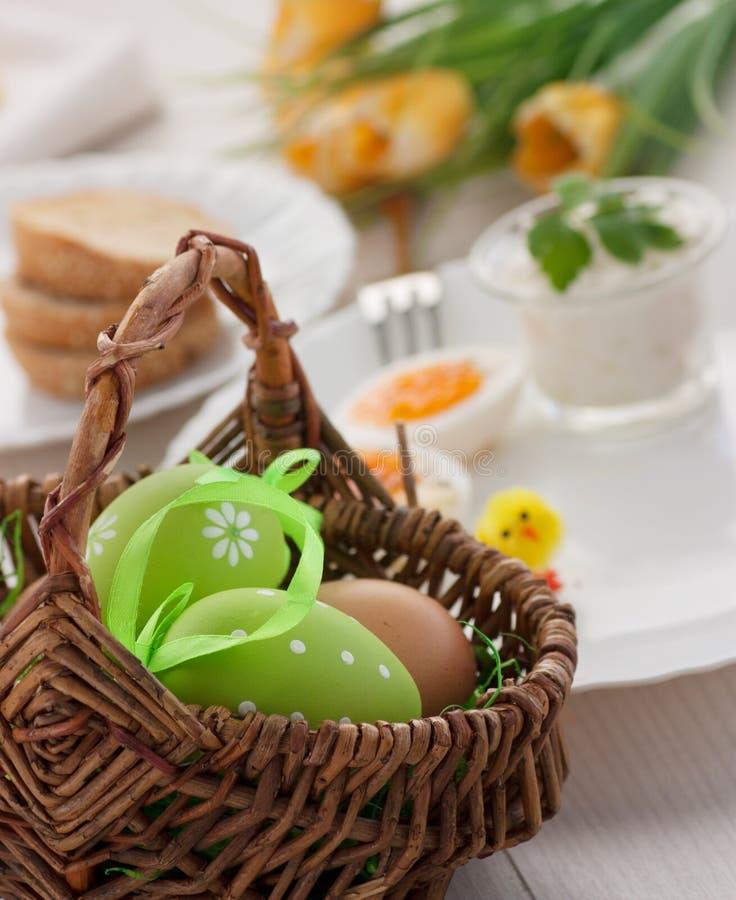 Pequeno almoço tradicional de Easter imagem de stock