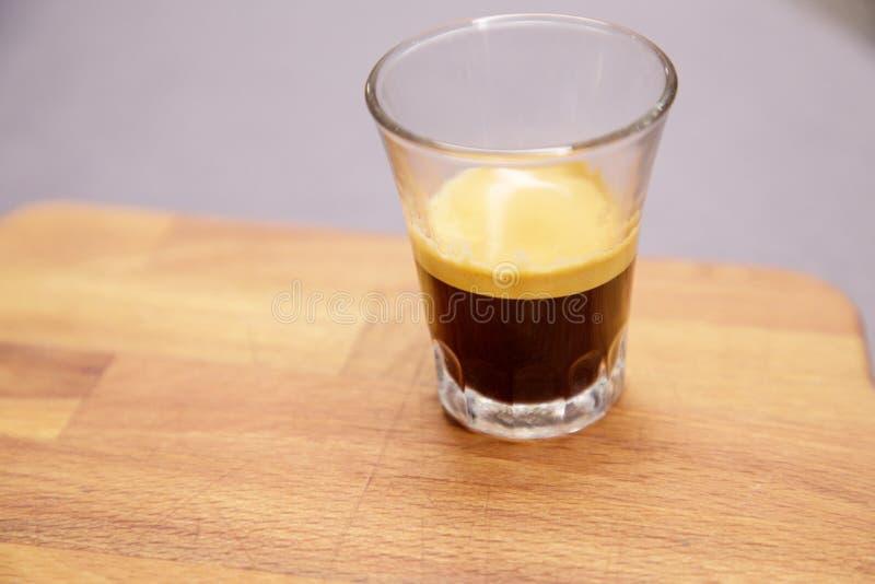 Pequeno copo de espresso foto de stock royalty free