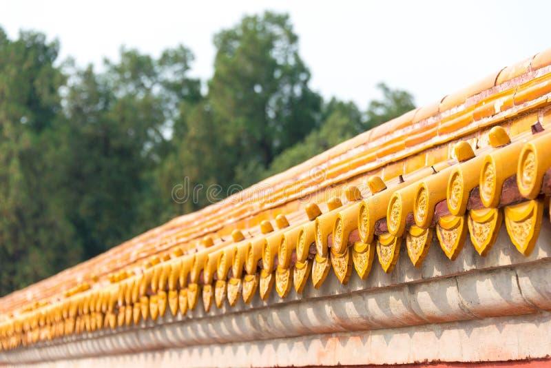 PEQUIM, CHINA - 18 de outubro de 2015: Telhado no templo da terra (Ditan) A fotografia de stock royalty free