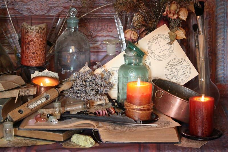 Períodos de magia negra Períodos de Wiccan fotos de stock