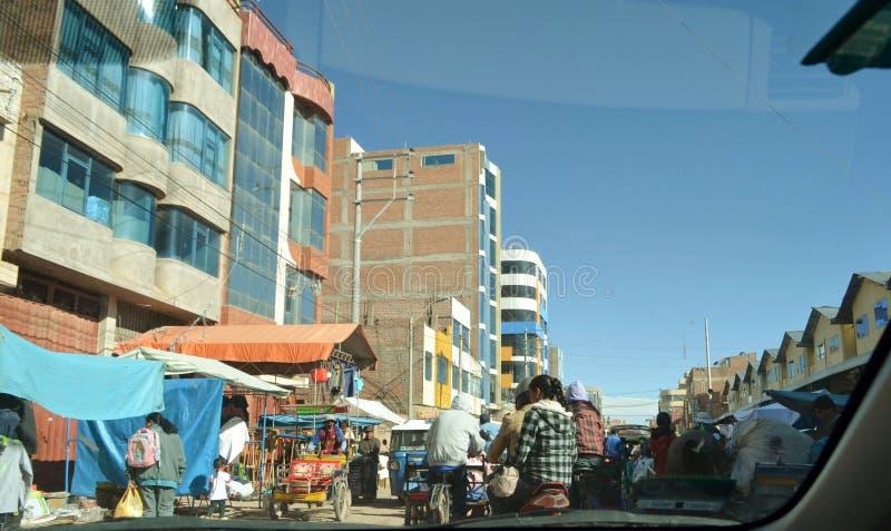 Perú, Cusco Tiendas de vendedores ambulantes en el centro de Cusco fotografía de archivo libre de regalías