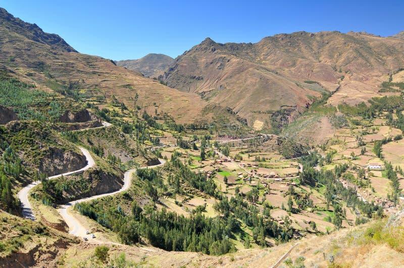 Perú, el Valle Sagrado de los Incas, valle en las Andes de Perú, cerca de la capital inca del Cusco y debajo del antiguo Sacro imagen de archivo