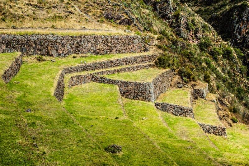Perú, Pisac (Pisaq) - ruinas del inca en el valle sagrado en los Andes peruanos fotos de archivo libres de regalías