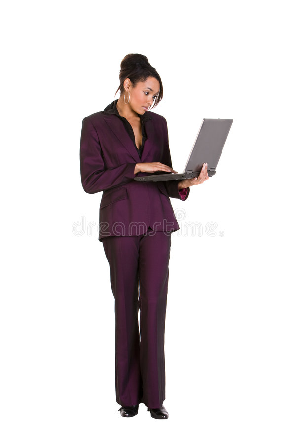 Per mezzo di un computer portatile immagini stock