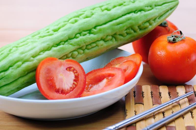 Download Pera Do Tomate E De Bálsamo Foto de Stock - Imagem de corte, cozinhar: 26511536