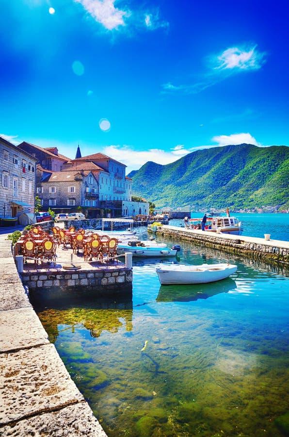 Perast, Montenegro, ciudad vieja fotografía de archivo