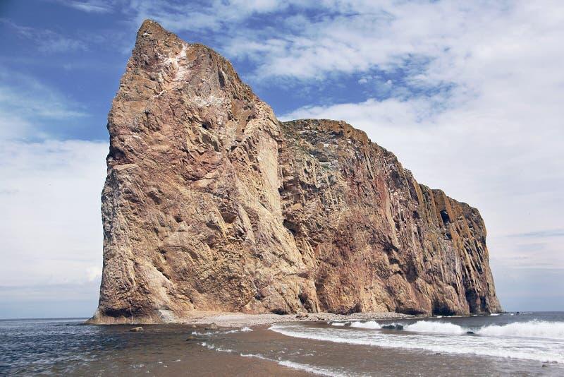Perce Rock en el golfo fotografía de archivo